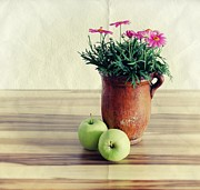 Photography Art - Apples by Kristin Kreet