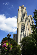 Cathedral Of Learning Prints - Cathedral of Learning Print by Thomas R Fletcher