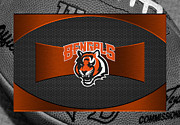 Offense Framed Prints - Cincinnati Bengals Framed Print by Joe Hamilton