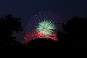 July Metal Prints - 4th of July Fireworks - 01137 Metal Print by DC Photographer
