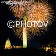 4th Of July Fireworks Over Washington Dc Print by Hisham Ibrahim