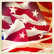 Abstract American Flag Posters - American flag Poster by Les Cunliffe