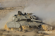 The Main Art - An Israel Defense Force Magach 7 Main by Ofer Zidon