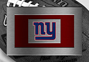 Offense Photo Framed Prints - New York Giants Framed Print by Joe Hamilton