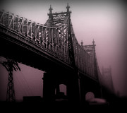 Miriam Danar - 59th Street Bridge in...