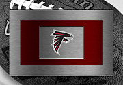 Offense Photo Framed Prints - Atlanta Falcons Framed Print by Joe Hamilton