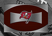 Offense Framed Prints - Tampa Bay Buccaneers Framed Print by Joe Hamilton