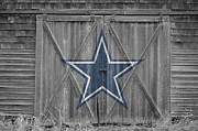 Offense Photo Framed Prints - Dallas Cowboys Framed Print by Joe Hamilton