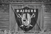 Offense Photo Framed Prints - Oakland Raiders Framed Print by Joe Hamilton