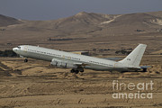 707 Framed Prints - A Boeing 707 Reem Of The Israeli Air Framed Print by Ofer Zidon