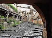 Ion vincent DAnu - A Passageway in Dracula