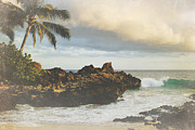 Tropical Photographs Prints - A Perfect Union of Love Print by Sharon Mau