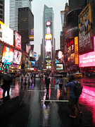 Gregory Dyer - A Rainy Evening in Times Square