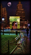 Washington Square Park Framed Prints - A Walk in Washington Square Framed Print by Lee Dos Santos