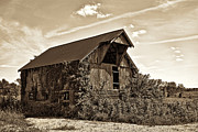 Barn Photos - Abandoned Barn by Marcia Colelli