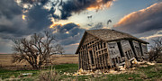 Plains Prints - Abandoned Farmstead 2 Print by Thomas Zimmerman