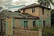Old House Photographs Metal Prints - Abandoned In The City Metal Print by Kathy Jennings