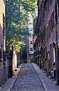 Gail Maloney Art - Acorn Street Boston by Gail Maloney