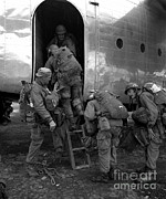 Korean War Photos - Airborne Troops Board A Plane by Stocktrek Images