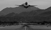 737 Prints - Alaska Airlines Palm Springs Takeoff Print by John Daly