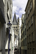 Teresa Mucha - Alley in Cologne Germany