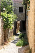 Alley In Rhodos Print by Christiane Schulze