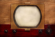 Burlap Prints - Americana - TV - The boob tube Print by Mike Savad