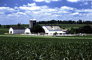 Pennsylvania Dutch Prints - Amish Country - 38 Print by Paul W Faust -  Impressions of Light