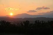 Jay Nodianos - An Oak Ridge Sunset