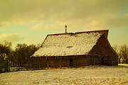 Jeff  Swan - An Old Barn Just After...