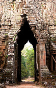Angkor Thom Prints - Angkor Thom East Gate 02 Print by Rick Piper Photography