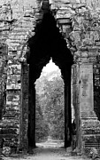 Angkor Thom Prints - Angkor Thom East Gate 03 Print by Rick Piper Photography