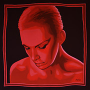 Songwriter  Paintings - Annie Lennox by Paul  Meijering