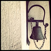 Alessia Malachiti - Antique Bell