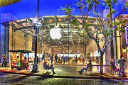 Horizontal - Apple Store - Santa Monica by Chuck Staley