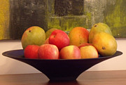 Shesh Tantry Prints - Apples and  Mangoes Print by Shesh Tantry