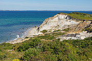 Gail Maloney Art - Aquinnah Cliffs Marthas Vineyard Mass by Gail Maloney