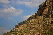 Guy Grobler - Arbel Cliffs