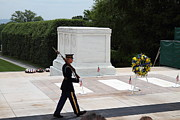 Soldiers Posters - Arlington National Cemetery - Tomb of the Unknown Soldier - 01133 Poster by DC Photographer