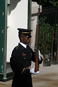 Arlington National Cemetery - Tomb Of The Unknown Soldier - 12122 Print by DC Photographer