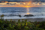 Sun Rays Metal Prints - Atlantic Sunrise Metal Print by Bill  Wakeley