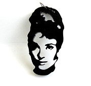 Film Jewelry - Audrey Hepburn Pendant Necklace by Rony Bank