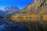 Fall Foliage Photos - Autumn At Silver Lake by Donna Kennedy