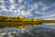 Deschutes River Prints - Autumn Glow Print by Christian Heeb