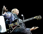 Singer Songwriter Photos - B B King by Phill Potter