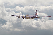 Military Aircraft Prints - B17- Yankee Lady Print by Pat Speirs