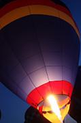 Balloon-glowpurple-7710 Print by Gary Gingrich Galleries