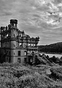 Blackandwhite Photo Posters - Bannermans Castle Poster by Diane Landro