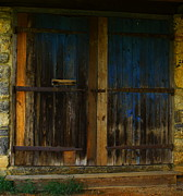 Blue Barn Doors Photos - Barn Doors by Eric Madsen