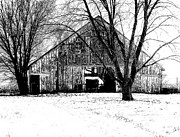 Illinois Barns Art - Barn in B and W by Claude Oesterreicher